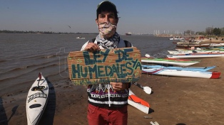 Piden el cese de las quemas en el Delta y la sanción de la Ley de Humedales