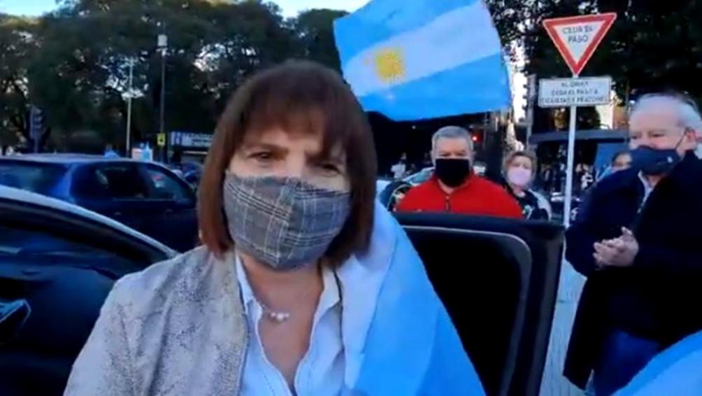 Patricia Bullrich defiende el rol de Macri en la coalición.