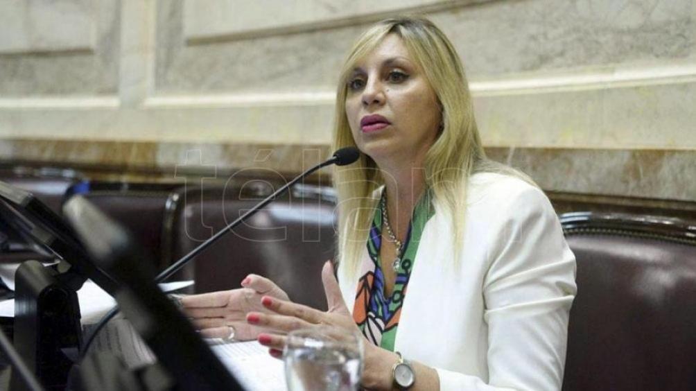 La senadora destacó como muy graves las amenazas de Stornelli al presidente