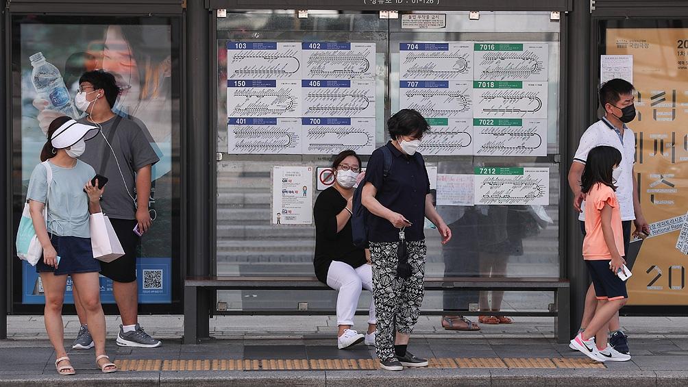 La mayoría de los nuevos contagios fueron en Seúl y alrededores, donde vive casi la mitad de los 51 millones de surcoreanos.