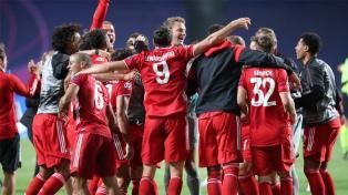 Bayern Múnich venció a Sevilla, ganó la Supercopa y pulverizó todos los récords