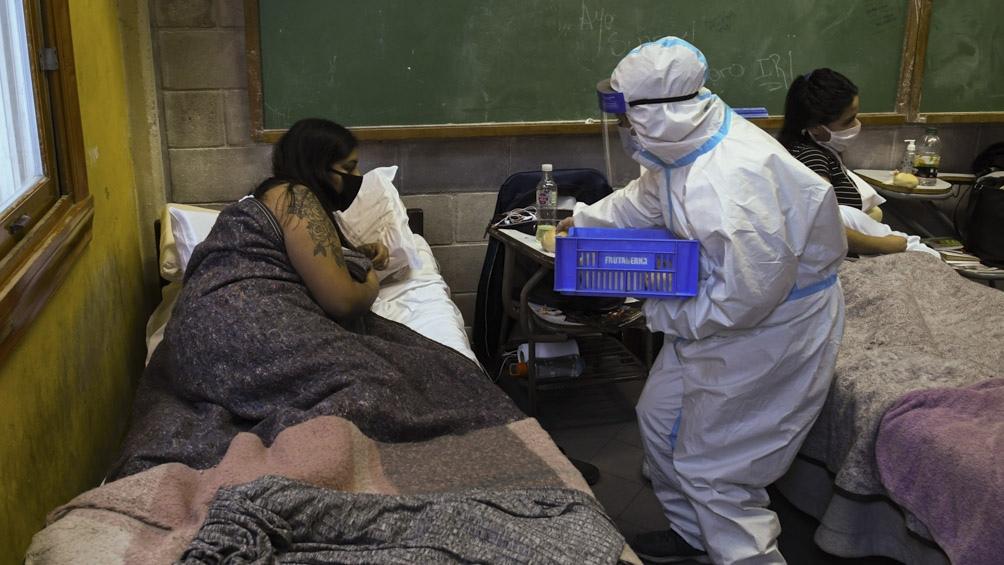 Naidenoff sostuvo que los centros no respetan las condiciones de higiene y salubridad