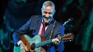 """Pedro Aznar presenta """"Flor y Raíz"""", un concierto de clásicos del folclore latinoamericano"""