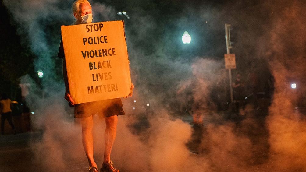 El pedido de que se detenga la violencia contra los afroamericanos.