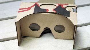 Hacen lentes de realidad virtual con cajas de pizza para internas de un penal
