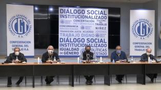 """La CGT y los movimientos sociales reclamaron unidad nacional y un modelo """"laboral e inclusivo"""""""
