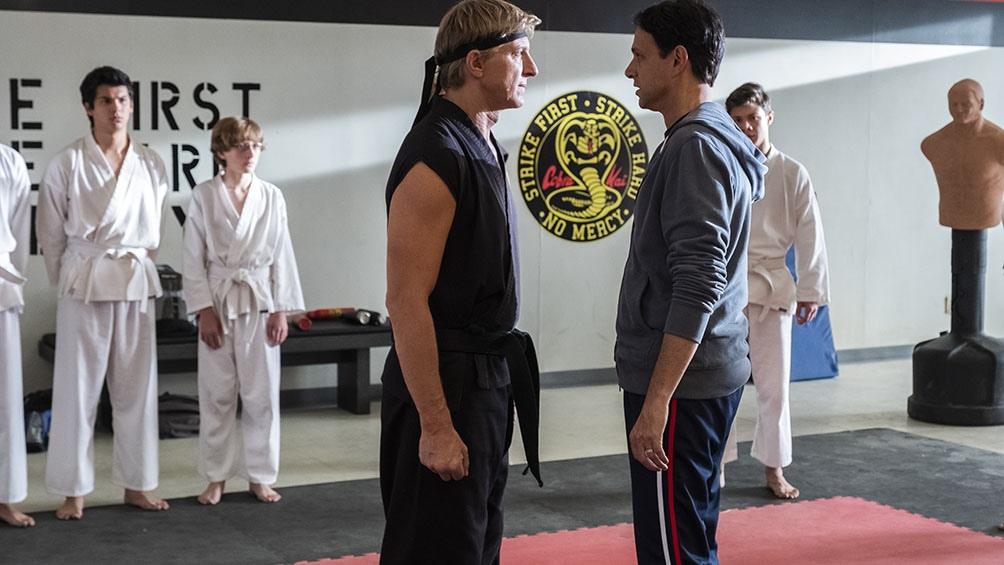 La vieja rivalidad entre Johnny Lawrence (William Zabka) contra Daniel LaRusso (Ralph Macchio)