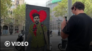 El grafiti de despedida a Messi, furor en las calles de Barcelona