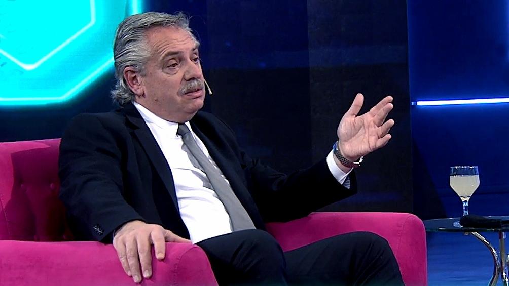 """Fernández dijo que """"Argentina saldrá adelante con sus recetas"""" y no con los planes que dicte el FMI."""