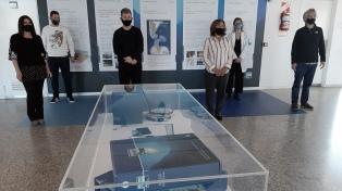 Inauguran mural con nueva demarcación de la plataforma argentina