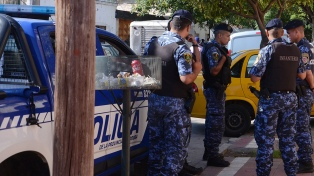 Acuerdos salariales con la policía de nueve provincias y movilizaciones en otras cinco