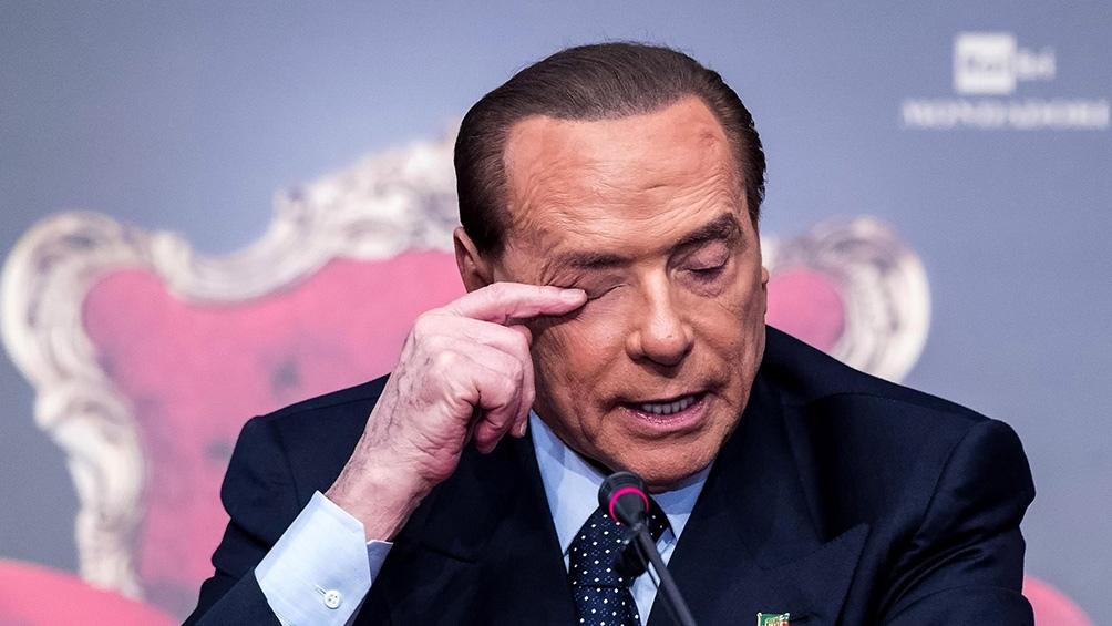 Berlusconi es considerado paciente de riesgo