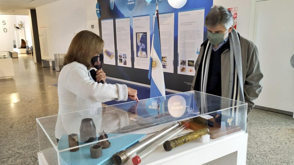 """Filmus en el Museo Malvinas e Islas del Atlántico Sur. """"Este 2 de abril recordaremos con honor, admiración y respeto a los 649 soldados que dieron la vida por la Patria""""."""