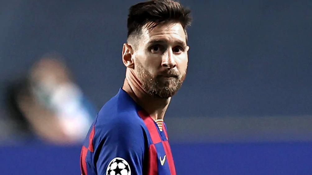 Messi se reintegrará mañana al plantel del Barcelona luego de su escandaloso intento de salida
