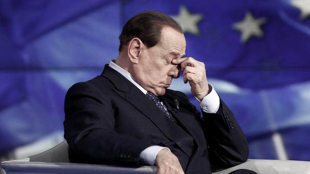 Berlusconi tiene 83 años y sufrió enfermedades cardiovasculares en el pasado.