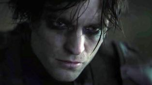 """Con Robert Pattinson contagiado de covid-19, prosigue el rodaje de """"The Batman"""""""