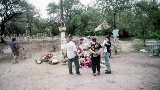 La tumba de la adolescente asesinada en Catamarca.