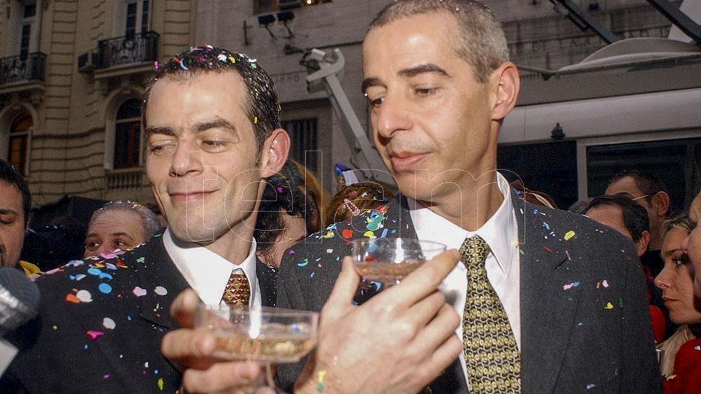 En 2003, los referentes de la CHA, César Cigliutti y Marcelo Suntheim celebraron la primera unión civil en la Ciudad.