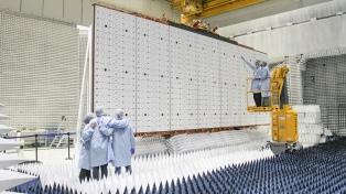 Dos jóvenes santiagueños llegaron al espacio con su trabajo en los satélites Saocom