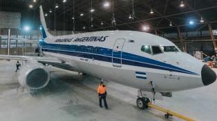 Cómo luce el avión de Aerolíneas Argentinas con diseño retro