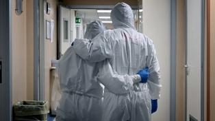 La OMS lanzó un plan para proteger al personal de salud