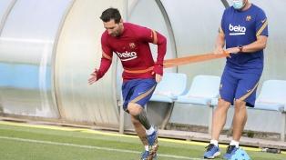 Messi se adapta al nuevo Barcelona de Koeman, sin todavía muchos cambios