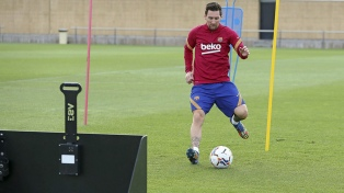 Messi fue a entrenar en su día libre