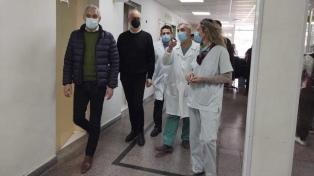 Gollan destacó a los trabajadores de la salud por poner cuerpo y alma en la pandemia