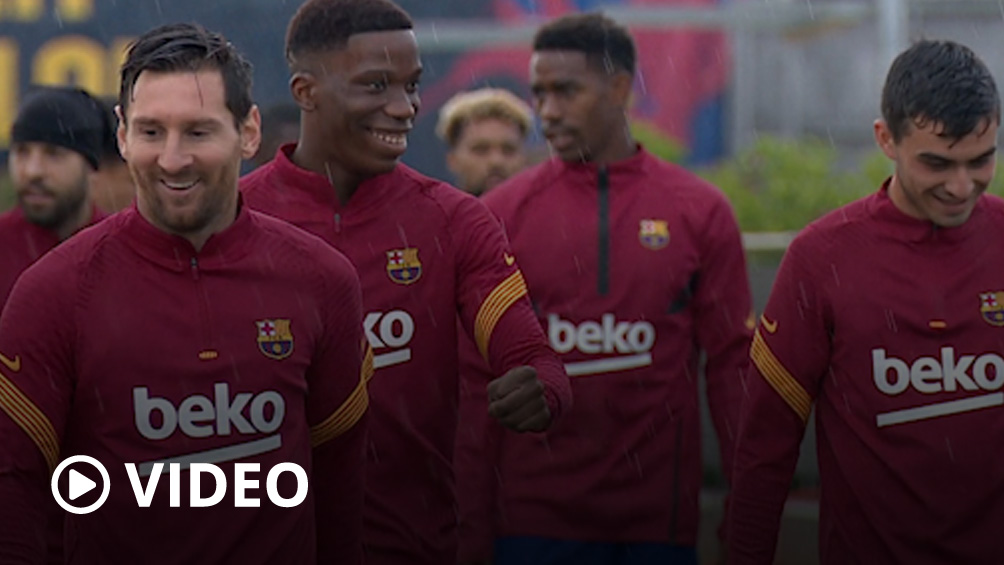 Messi ya entrena de forma grupal con el Barcelona