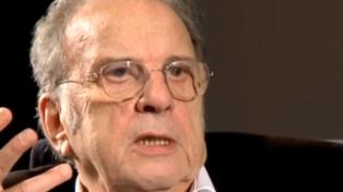 """Murió Ronald Harwood, ganador del Oscar como guionista, y autor de """"El vestidor"""""""