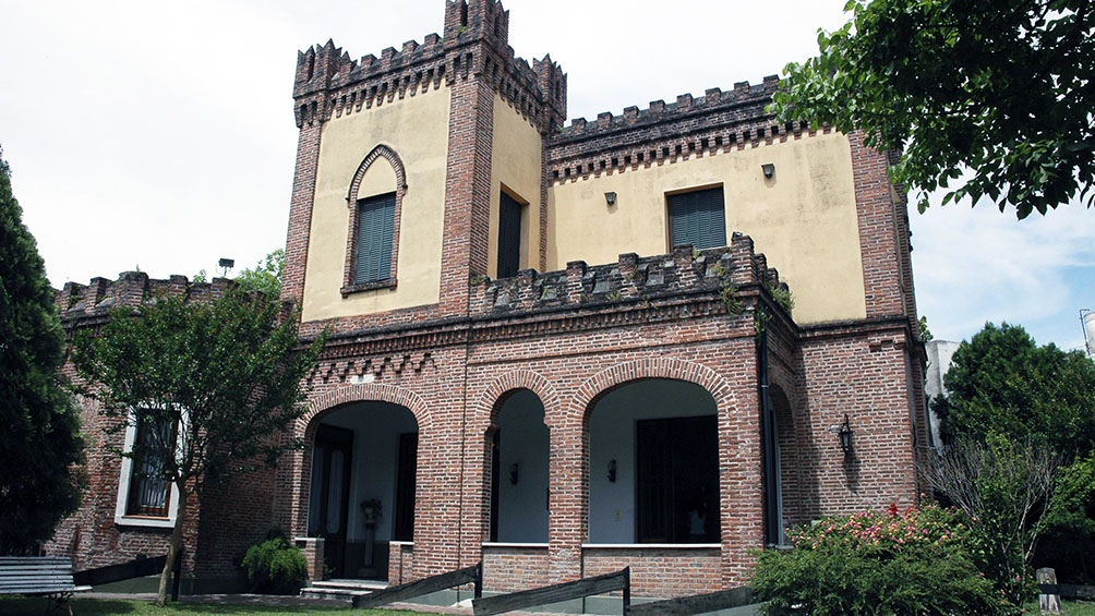La obra está inspirada en un palacio de estilo bizantino, construido en el siglo XIII en Venecia.