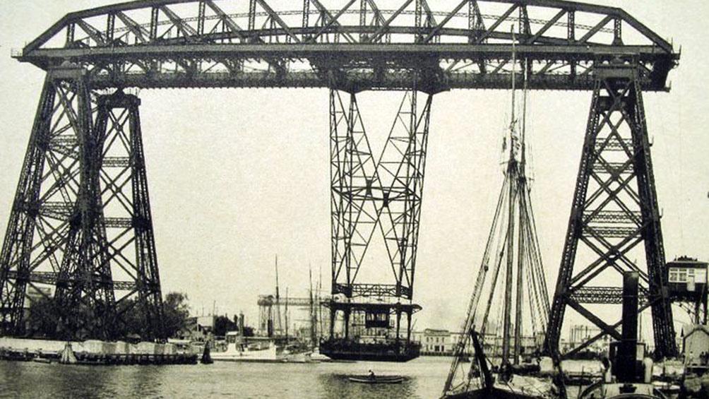 Una imagen del puente en la década del 30.