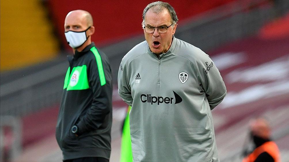 Con este partido, Leeds regresó a la Premier League luego de 16 años en las categorías del ascenso inglés.