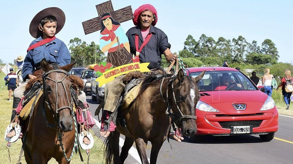 Habrá una misa con transmisión por plataformas digitales desde el monumento al Gaucho Gil