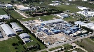 La actividad industrial subió 1,6% en febrero y la construcción 22,7% interanual