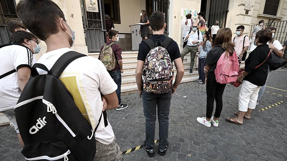 Italia: pese a las protestas, Conte anuncia nuevas restricciones