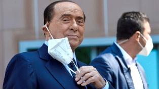 Berlusconi fue internado por problemas cardíacos