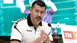 Jorge Almiron dejó de ser el entrenador del Elche