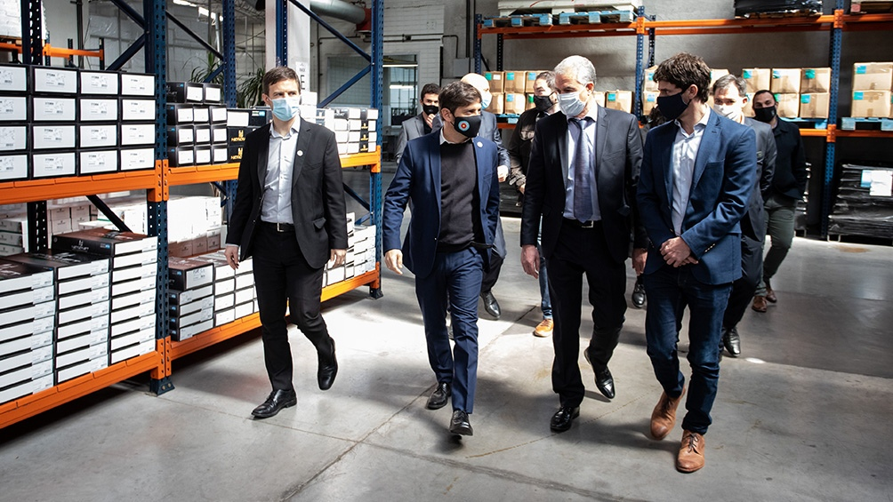 Fernández estuvo acompañado por Axel Kicillof y otros funcionarios nacionales y provinciales.