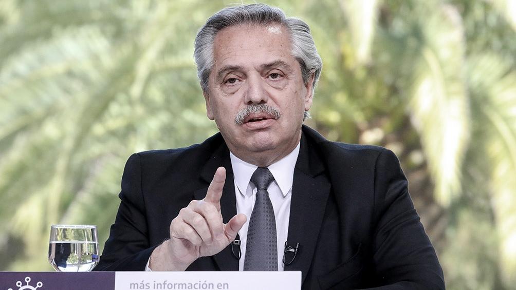 Fernández expone por videoconferencia, desde Olivos, ante la Asociación de Cámaras Americanas de Comercio de América Latina y el Caribe (Aaccla).
