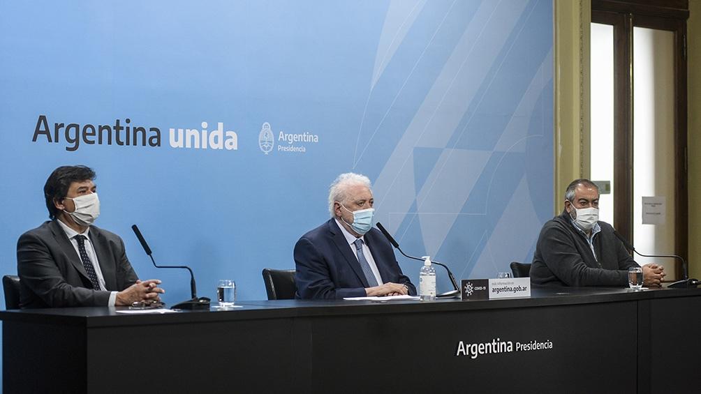 Ginés González García brindó una conferencia de prensa en Casa de Gobierno junto a su par de Trabajo, Claudio Morini, y el secretario general de la CGT y titular del gremio de Sanidad, Héctor Daer.