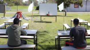 El Gobierno porteño propone un plan de regreso a clases en espacios abiertos