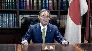 Suga asume el Gobierno y promete continuar la senda de Abe y contener el coronavirus