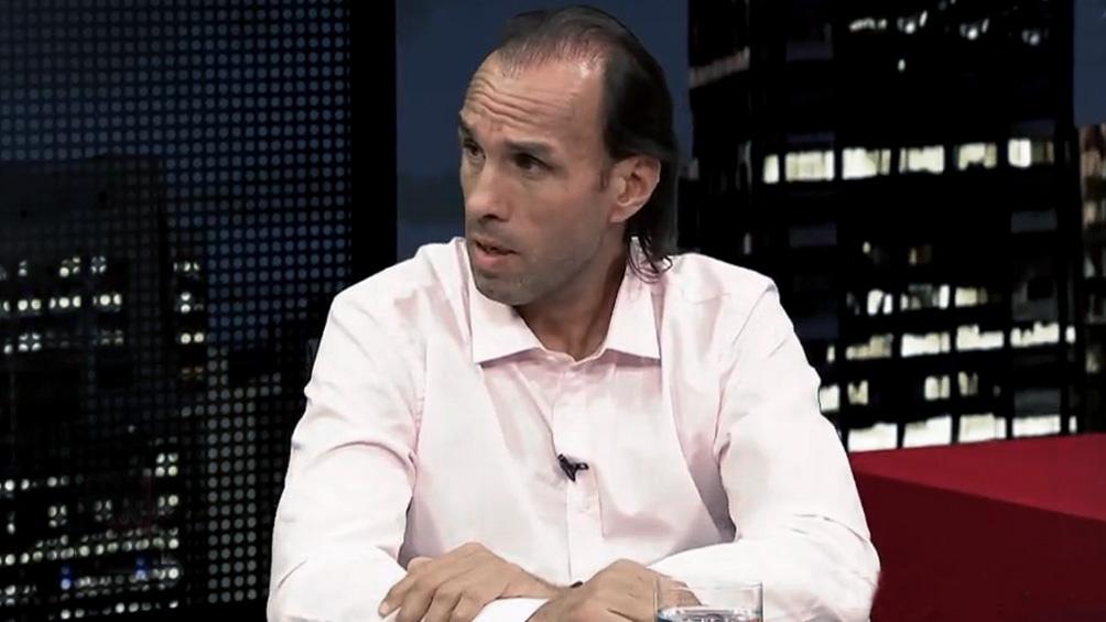 Como entrenador de Primera División, Carlos Navarro Montoya estuvo al mando de Chacarita en 2013.