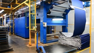 En el acto el Presidente anunció inversiones para la industria textil en Chaco.