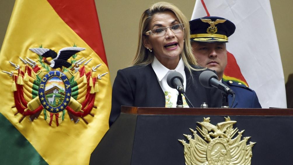 """""""Vamos a tener unas elecciones transparentes, libres y sin presión"""", indicó Áñez."""