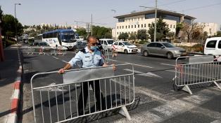 Israel evalúa fortalecer el confinamiento, tras nuevo récord diario de contagios