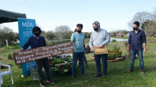 Entregan las primeras certificaciones a productores agroecológicos bonaerenses