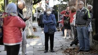 Jubilados y pensionados bonaerenses cobrarán este martes sus haberes de septiembre