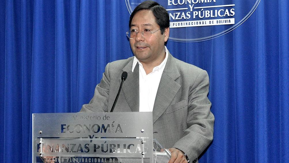 El candidato presidencial del MAS llega a las elecciones liderando las encuestas de opinión.
